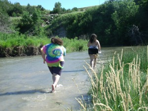 Bela and Gen exploring at the river.