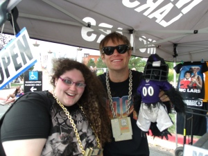MC Lars and Mr. Raven posed with Bela.  I got a FREE CD!