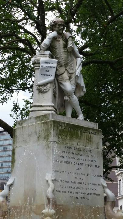 StatueLondon